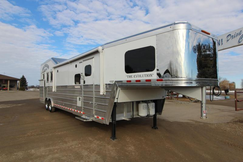 "2021 Bloomer 3HR 14'11"" LQ Slide PC Load Horse Trailer"