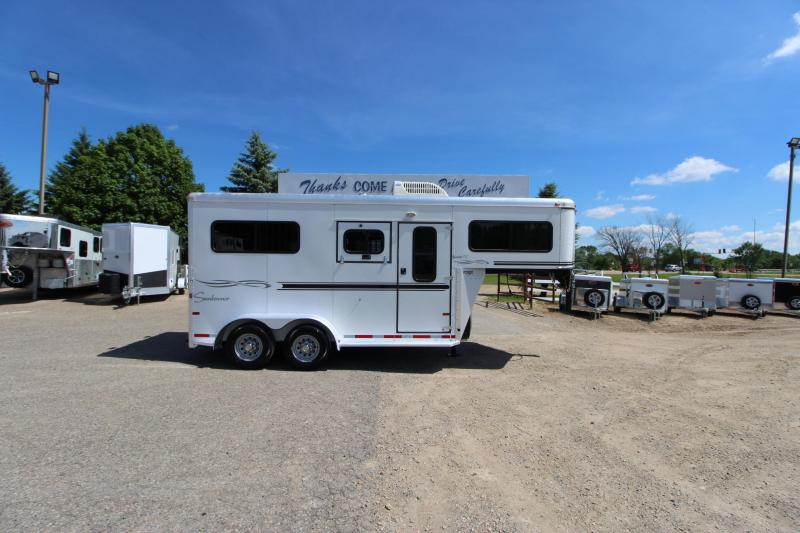 2006 Sundowner Trailers 2HR GN Horse Trailer