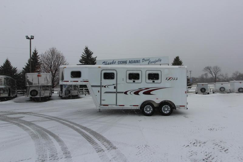 2005 Exiss Trailers 2HR GN Horse Trailer