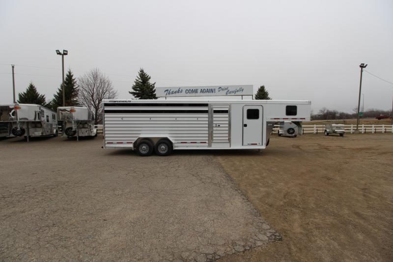 2021 Featherlite 8413 Horse Trailer