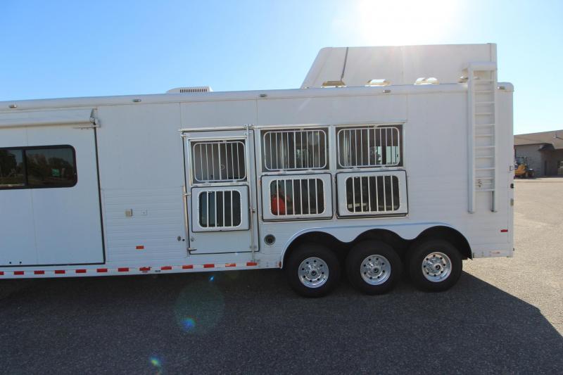 2008 Sundowner Trailers 3HR 19' LQ Horse Trailer