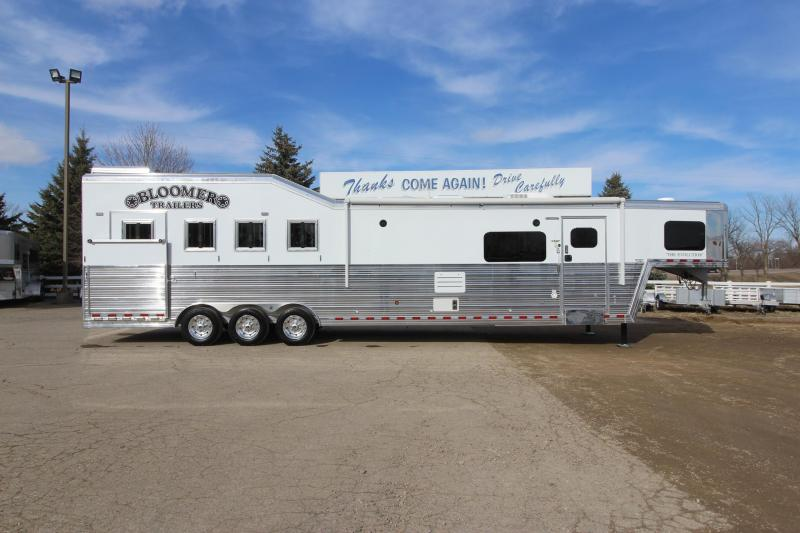 2020 Bloomer 4HR GN Side Load 16' LQ Horse Trailer
