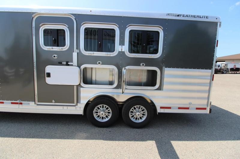 2018 Featherlite 3HR LQ MT Horse Trailer