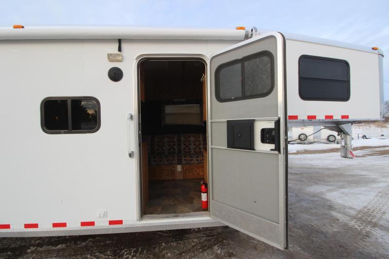 2006 Kiefer Built 4HR LQ MT Weekender Horse Trailer