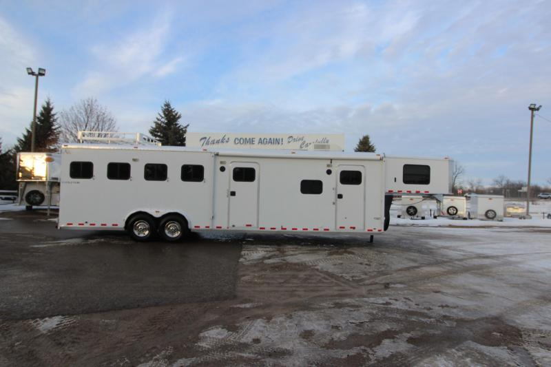 2006 Kiefer Built 4HR LQ MT Weekender Horse Trailer