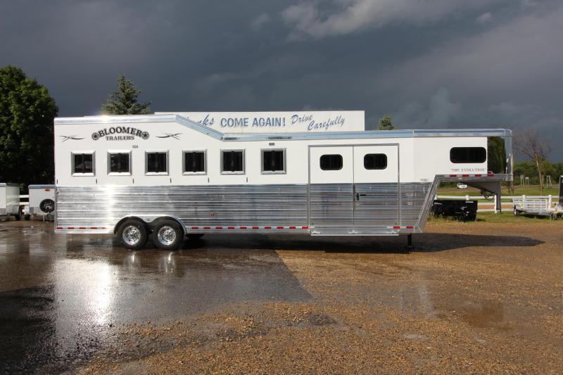 2020 Bloomer 6HR Trainer Trailer Horse Trailer