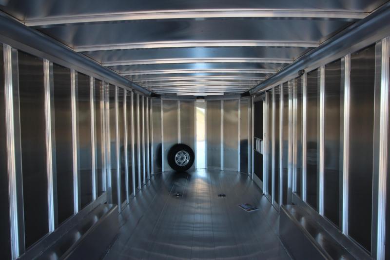 2021 Featherlite 4926 24' Car / Racing Trailer