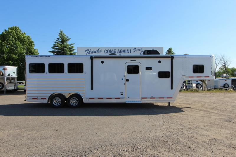 2020 Featherlite 3HR 11' LQ Horse Trailer