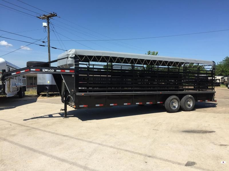 2020 Delco Trailers GB6824270 Livestock Trailer
