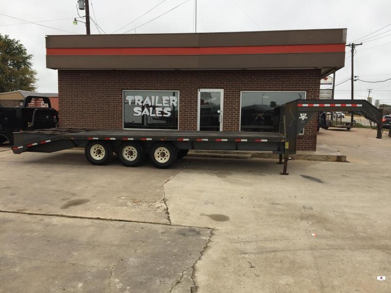 2002 PJ Trailers FB0225073 Flatbed Trailer