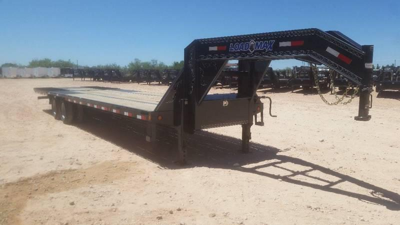 2019 Load Trail 32' Gooseneck w/ Hydraulic Dove Tail Oak Floor