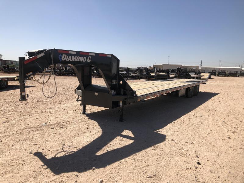 2021 Diamond C Trailers 38' Gooseneck Hydraulic Dovetail Deckover Trailer