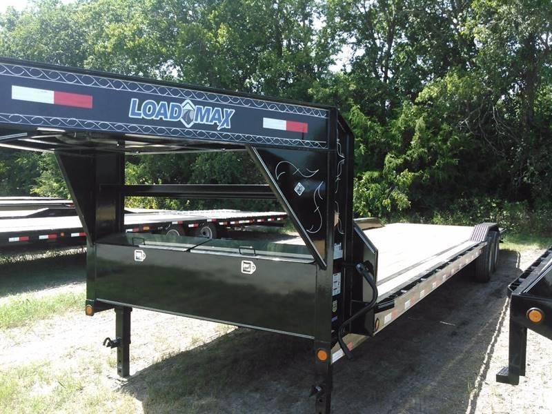 "2021 Load Trail 102"" X 30' Gooseneck Carhauler 14K"