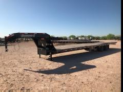 2019 Diamond C 38' Gooseneck Hydraulic Dove Tail