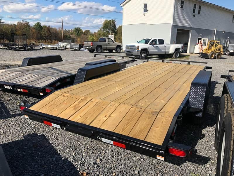 2022 Quality Wood Deck Car Hauler 18' Gen