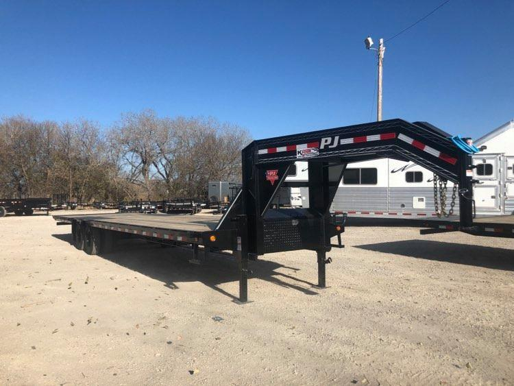 2021 PJ Trailers 102 x 36 Low-Pro with Hydraulic Dove (LY) Flatbed Trailer