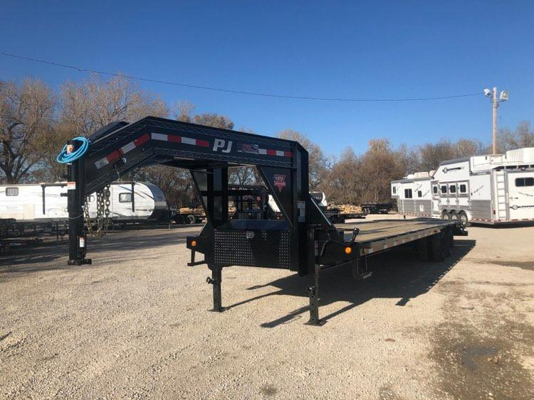 """2021 PJ Trailers 102' x 32"""" Low-Pro Flatdeck with Duals (LD) Flatbed Trailer"""