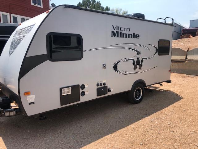 2017 Winnebago Micro Minnie 1705 RD Travel Trailer RV