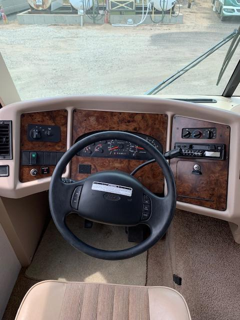 1999 Coachmen Mirada 341Q Class A RV