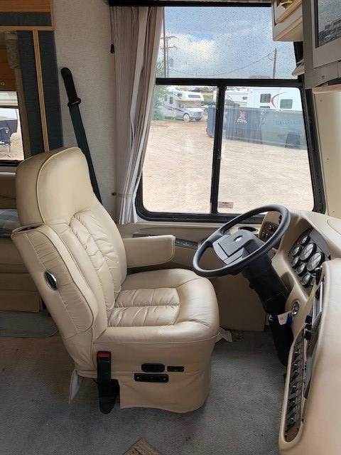 2003 Newmar Kountry Star 3703 Class A RV