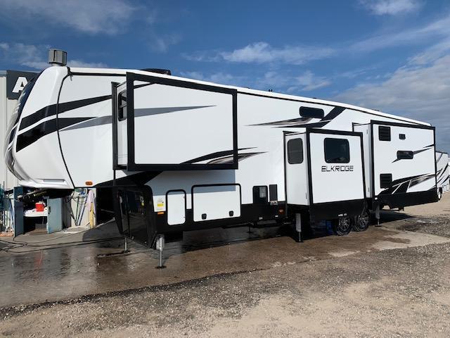 2022 Heartland Elkridge 38MB Fifth Wheel Campers RV