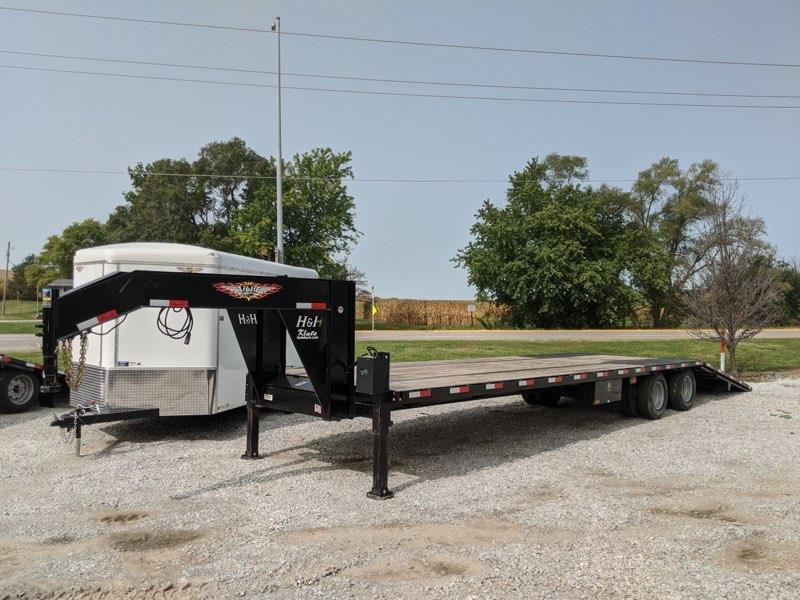 2019 H and H Trailer 25+10 Hyd Tail Equipment Trailer