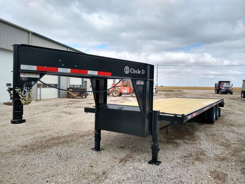 2021 Circle D 26+5 GN Flatbed Trailer