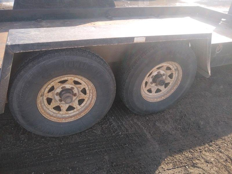 1996 Towmaster Trailers 77x16 Flatbed Trailer