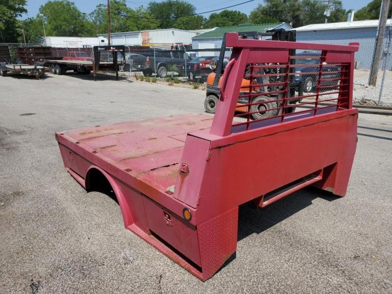 2000 B and W Trailer Hitches 8x9'3 Truck Bed