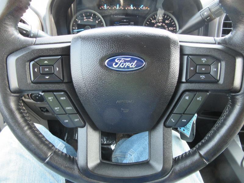 2017 Ford SUPERCREW XLT F150 Truck