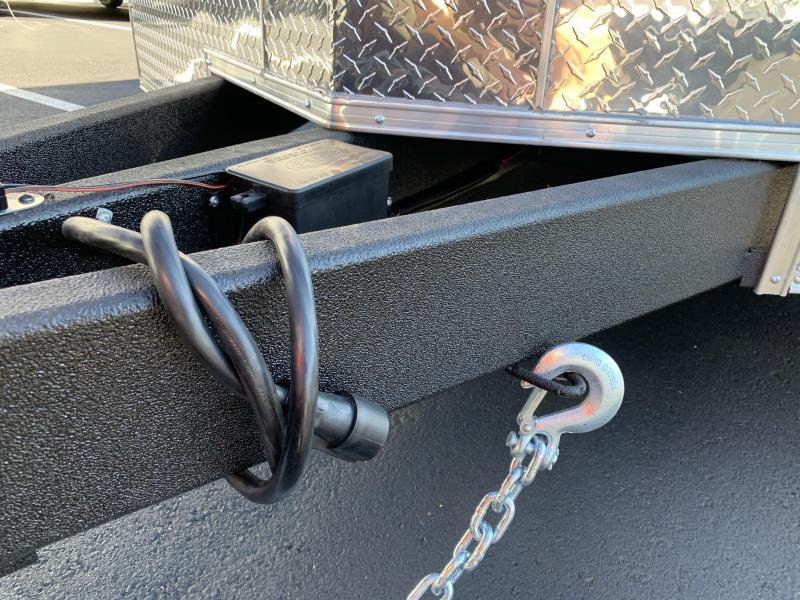 Covered Wagon Gold Series 8.5 x 24 + 2' V Enclosed Car Hauler 10K