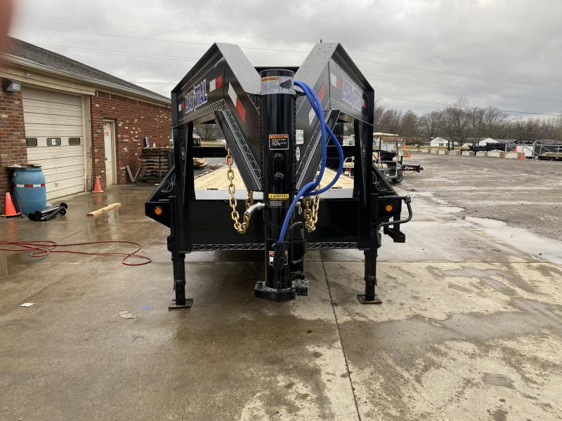 2021 Load Trail GH0225072 Equipment Trailer - 102x25 (20+5) TA Gooseneck - Self Clean Dovetail - Max Ramps - Tool Box - Winch Plate - Max Step - Stud Junction Box (GVW:  14000)