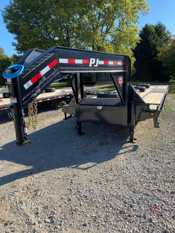 2021 PJ Trailers LY302 Equipment Trailer - 102X30 (20+10) TA Low Pro Gooseneck with Duals - Hydraulic Dovetail - 2 5/16 Inch Round Gsnk Coupler - Tool Box (GVW:  25000)