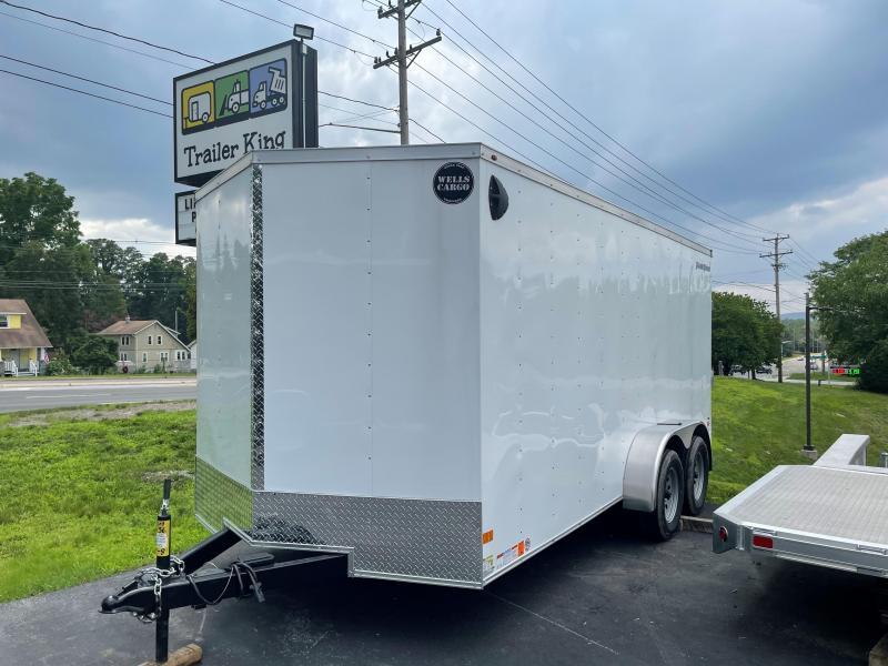 2022 Wells Cargo FAST TRACK Enclosed Cargo Trailer