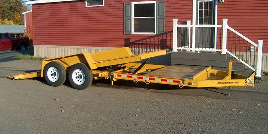 2022 Cross Country Manufacturing 5HD18TD Equipment Trailer