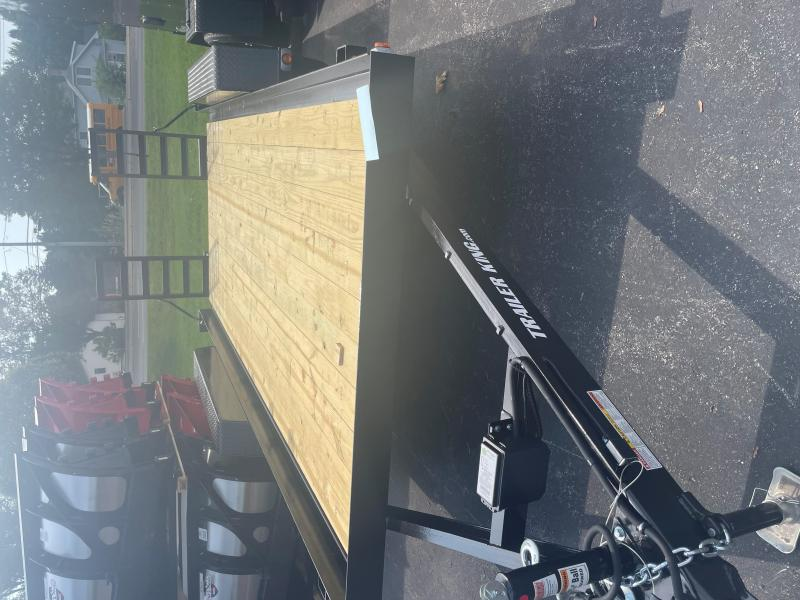 2022 Cross Country Manufacturing 4T16 Equipment Trailer