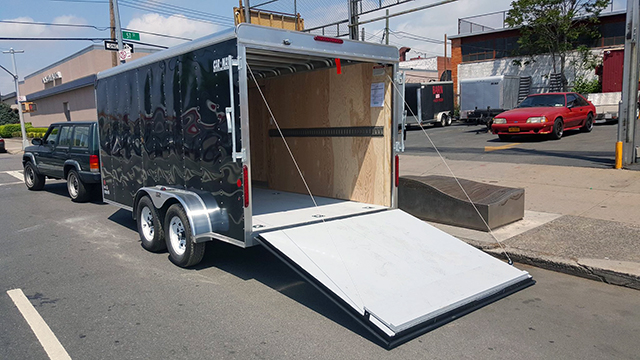 Home | Woodside and Elmhurst NY Truck and Trailer Rental and Dealer | Barn Truck  Rental |