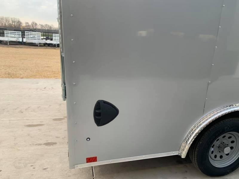 2022 Discovery 8.5' X 16' X 7' 7K CHALLENGER ET RAMP DOOR ENCLOSED CARGO TRAILER