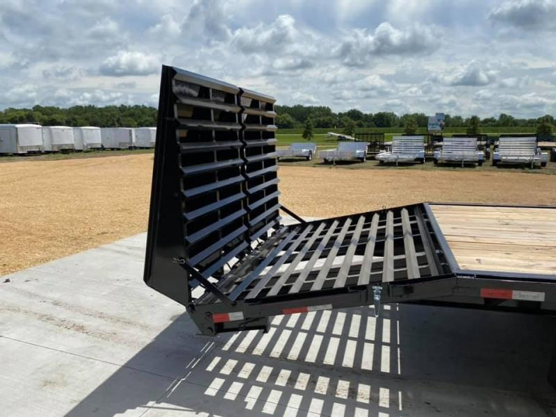 2021 Travalong 31' Gooseneck Deckover 20K GVWR w/ Full Width Ramps
