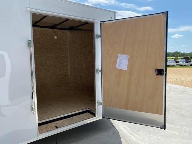 2022 Discovery 8.5' X 20' X 7' 7K CHALLENGER ET RAMP DOOR ENCLOSED CARGO TRAILER