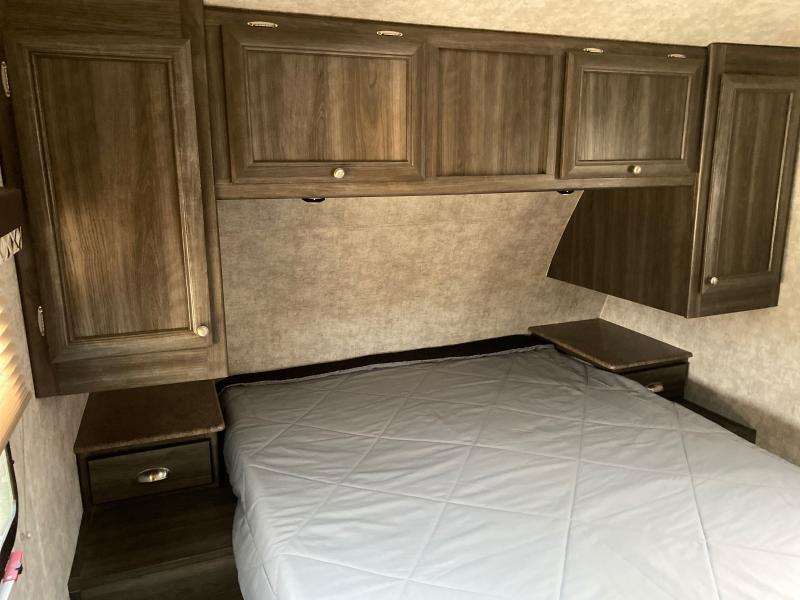 2016 Highland Ridge RV Open Range Conventional 2701RL Travel Trailer RV