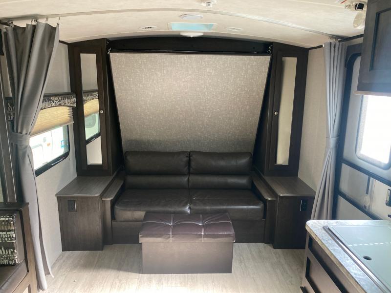 2018 Cruiser RV Shadow Cruiser Ultra-Lite SC193MBS Travel Trailer RV
