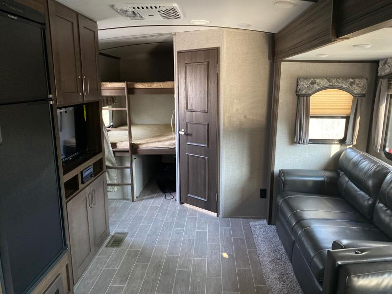2020 Keystone RV Laredo 292BH Travel Trailer RV