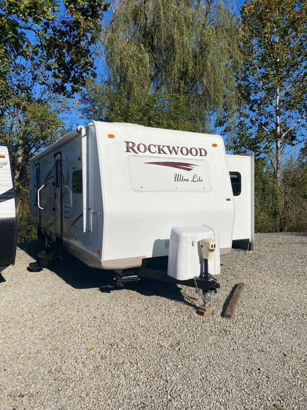 2010 Forest River Rockwood 2608SS Travel Trailer RV