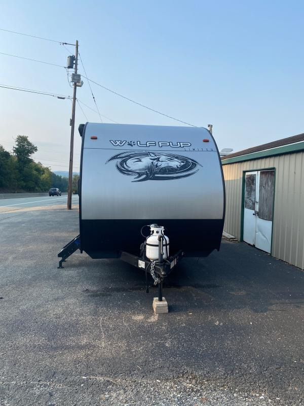2020 Forest River Cherokee Wolf Pup 18RJB Toy Hauler RV
