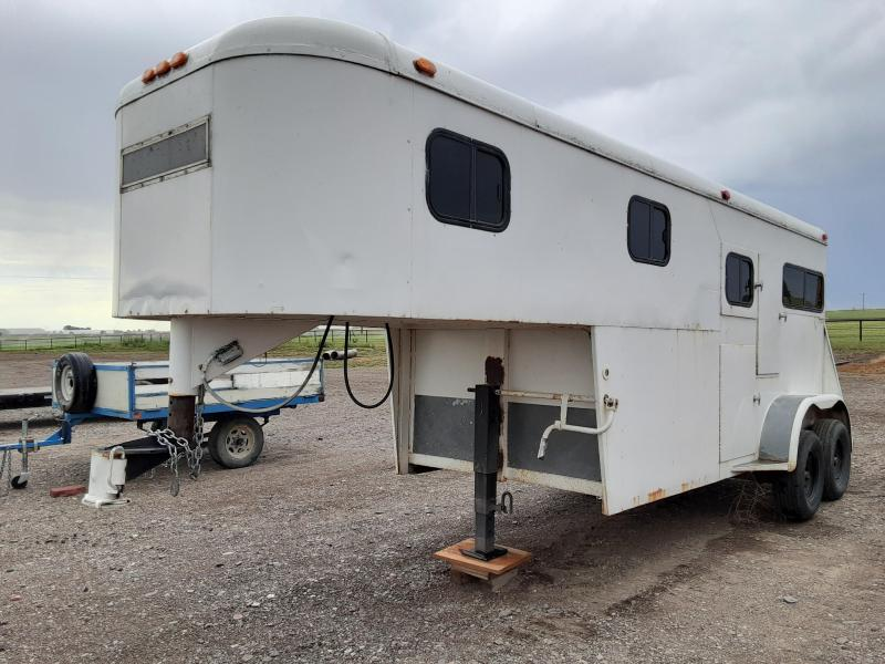 1974 Circle J 2 Place Gooseneck Horse Trailer