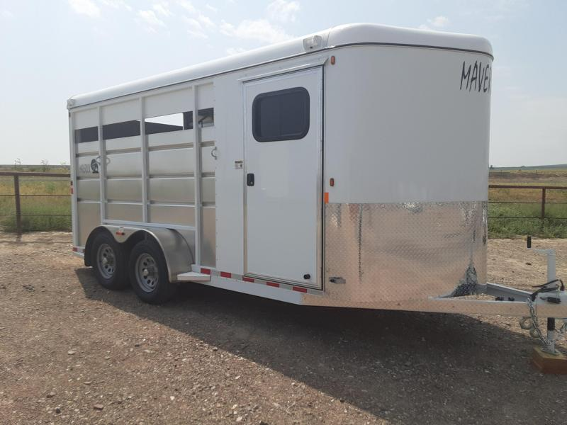 2021 Maverick 3 Horse with Tack Room Horse Trailer