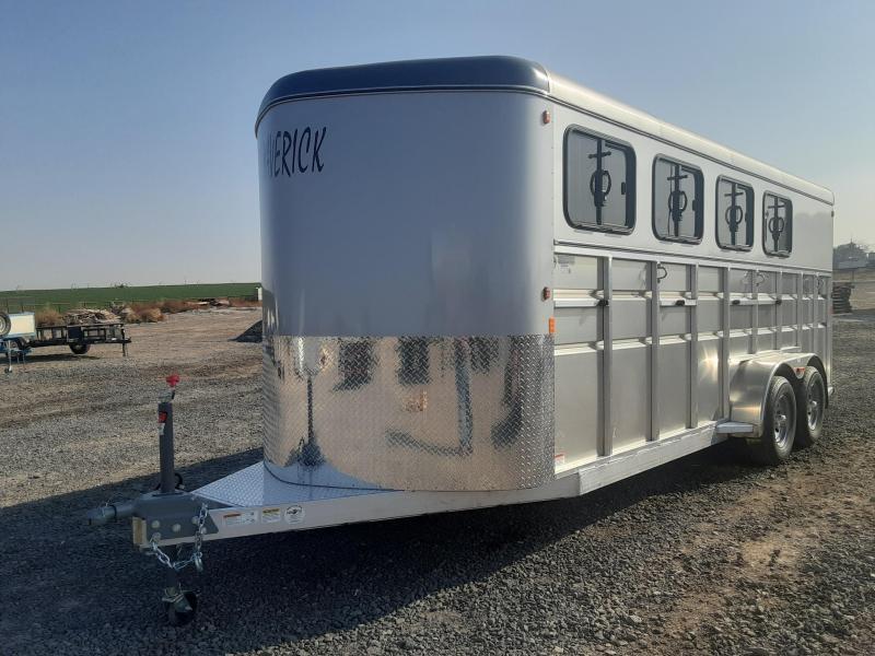 2021 Maverick 4 Horse Aluminum Horse Trailer