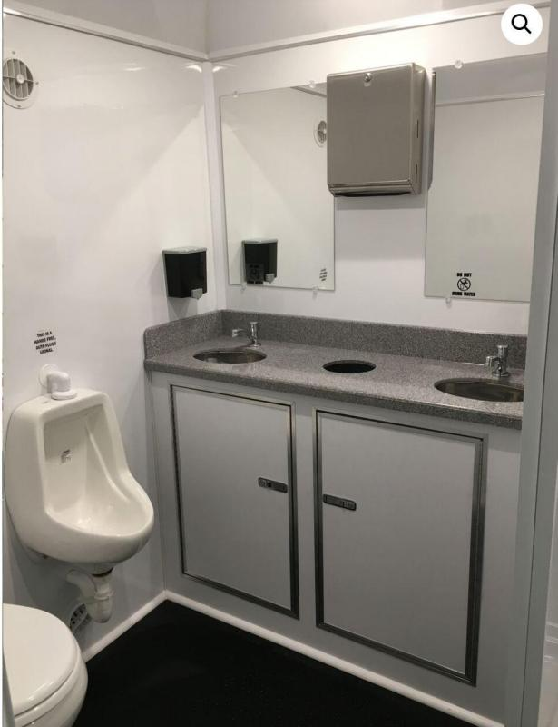 1 Station Restroom Trailer