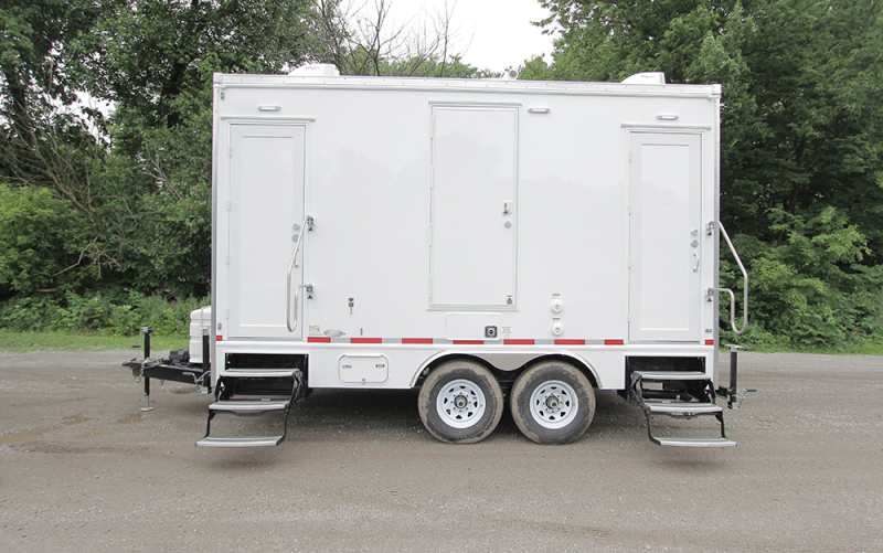 4 Station Shower Restroom Trailer Combo